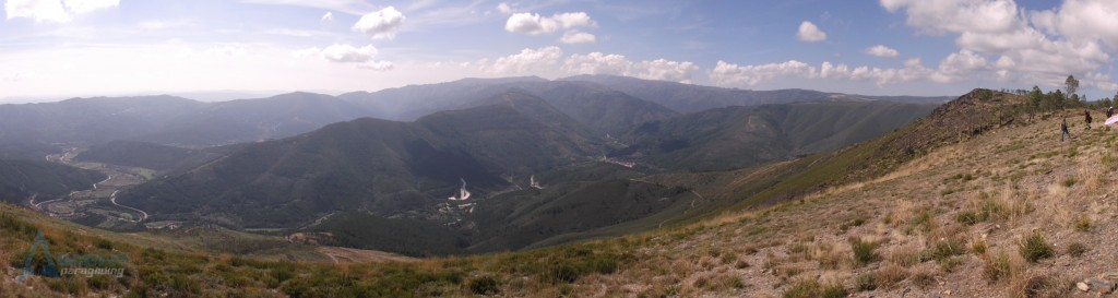 Azinha Valley with Vale do Amoreira In the distance